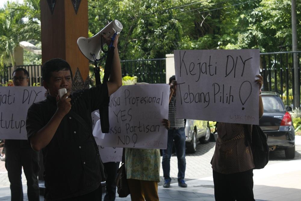 Aksi Jaringan Anti Korupsi Jogja