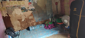 Kamar Mira di Gang Salak, Cilincing, ketika Yuri Irawan, kenalan waria mengunjungi pada 10 April 2020. Mira meninggalkan kamar ini pada 4 April dini hari ketika dijemput beberapa preman. Mira tak pernah kembali ke kamar sederhana miliknya.